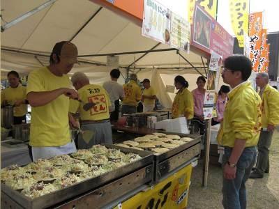 日本各地からやって来たスタッフとの、方言での会話も楽しみの一つ