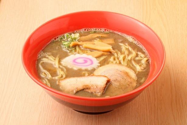 「ラーメン・つけ麺 営利庵」の「特煮干し極ラーメン」(780円) 煮干し濃度:★★★★★