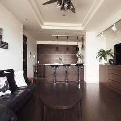 あなたの部屋も理想のリビングに! 100均グッズを使った完璧収納