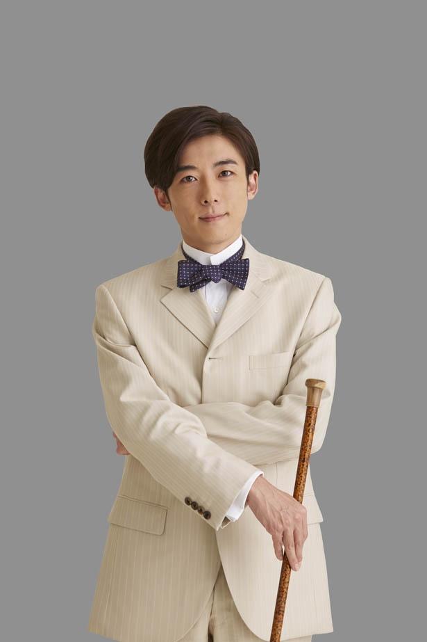 【写真を見る】高橋一生の品性あるスーツ姿にくぎ付け