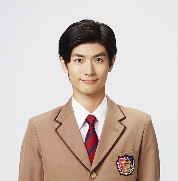 """30歳の""""童貞男子""""を演じる三浦春馬"""