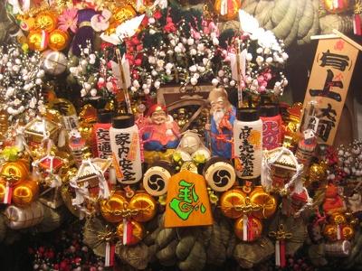 七福神のリアルな人形も