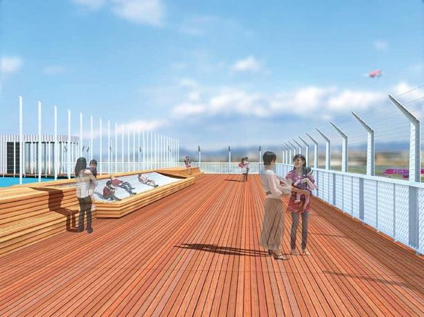 名古屋空港の滑走路を臨む開放的な展望デッキ
