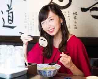 人気連載「SKE48のふぅふぅ女子♥」のスピンオフ企画として、「メンバーとおいしいラーメンを食べた~い♥」を勝手に妄想しちゃいました! 今回の彼女はチームSの大矢真那ちゃん♪