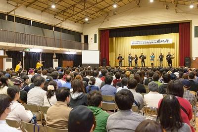 オークションの売上は日俳連を通じて東北および熊本へ寄付される予定