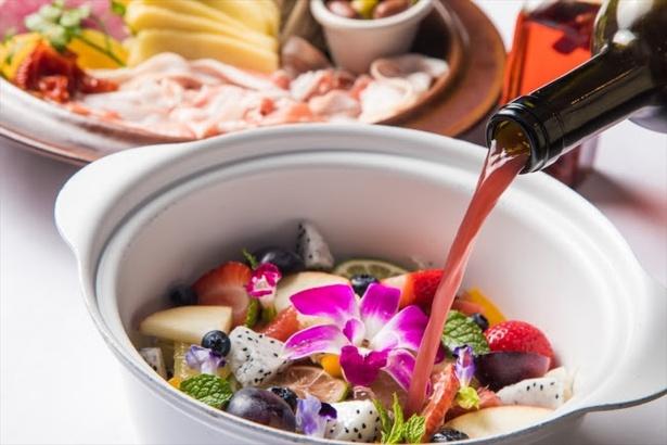 鍋料理専門店・渋谷「あくとり代官 鍋之進」では、季節の食材や人気の具材を使った今年の旬鍋3種が新登場!