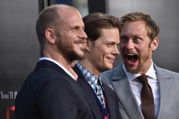 スカルスガルド兄弟は、3人とも俳優として活躍している