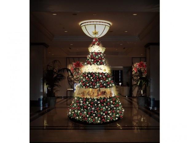 名古屋マリオットアソシアホテルでは優雅なクリスマスツリーがお出迎え