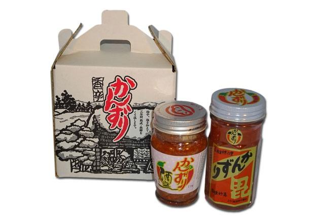 妙高の定番土産といえば、香辛調味料「かんずり」。味噌汁や鍋料理、丼物、焼き鳥など、幅広く使用できる