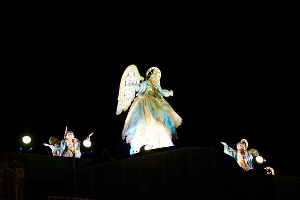 夜空に響く天使の声