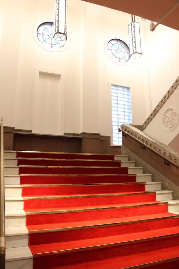 建物の内装も相まって施設内はクラシカルかつ洗練された雰囲気が漂う