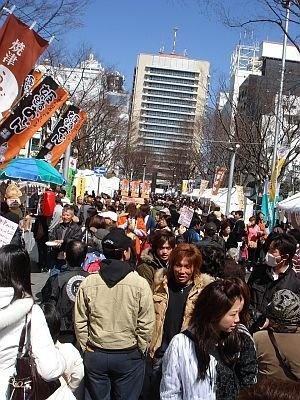 昨年開催の「しぞ〜かおでんフェア」の様子。街中おでんだらけで賑わう人気フェア!