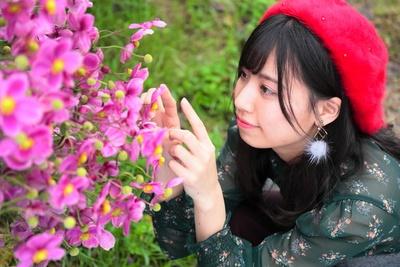 「お花もキレイだな・・・」