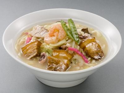 豚角煮ちゃんぽん(980円)