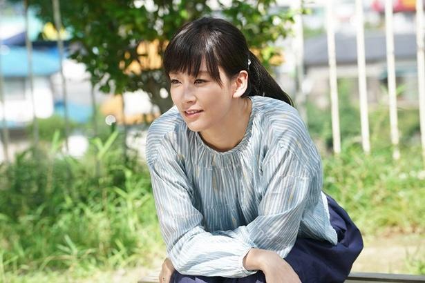 10月30日放送の「民衆の敵」第2話に、水川あさみがゲスト出演