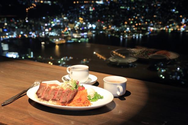 「長崎和牛ステーキトルコライス」はスープとコーヒー付きで2,500円