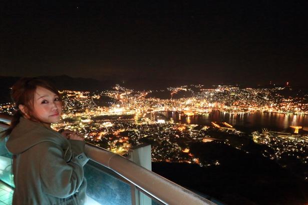きらめく夜景を見渡せる「稲佐山公園展望台」