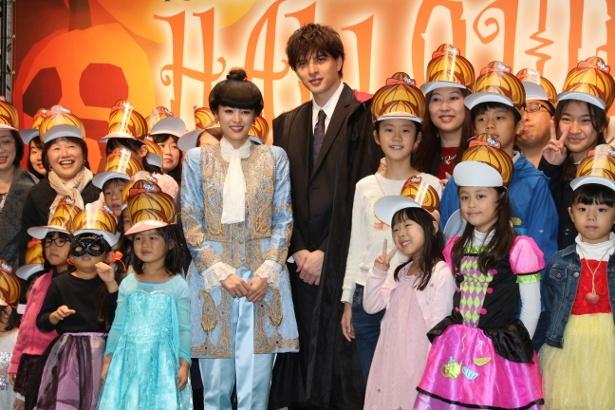 「トットちゃん!」清野菜名、城田優がハロウィンイベントに出席!