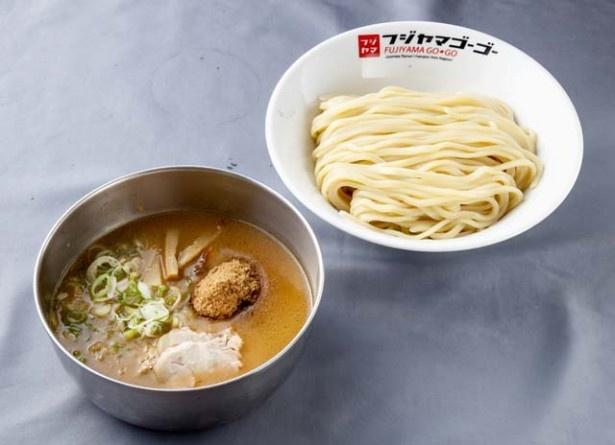 魚介豚骨濃厚つけ麺(820円)