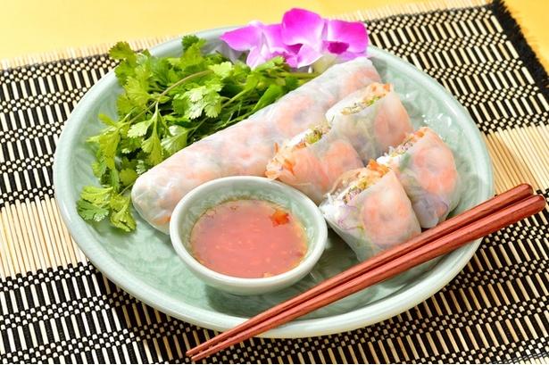 アジア料理に添えられている、あの緑の野菜がパクチーです。