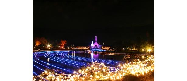 長良川をイメージした水上イルミ