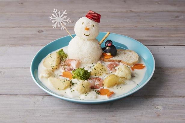 「ピングーの雪だるま」 (1480円)。ゴロゴロ野菜で食べ応えも十分。「パンの上にピングーが乗っていてかわいい」と水谷さん