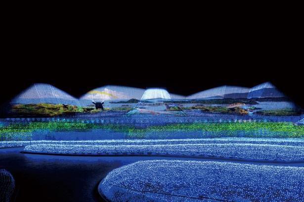 大小120ほどの島からなる天草を表現した「海の風景」