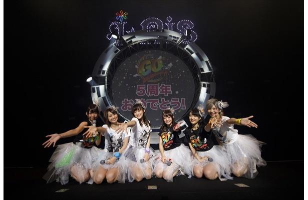 """i☆Ris""""リアルデビュー5周年""""ライブでシングル曲連発、全力疾走で6年目へ"""