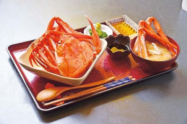 【写真を見る】「カニ丼」(1350円)/YANSHU