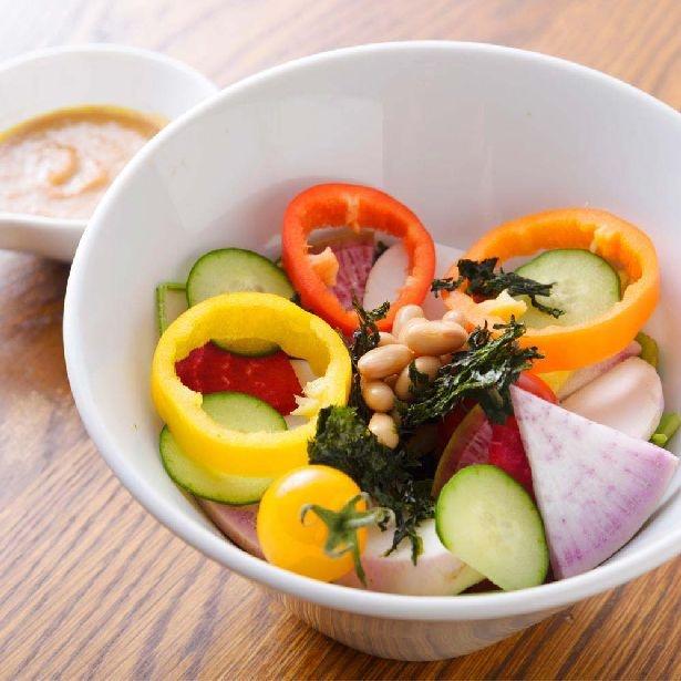 野菜ソムリエ厳選の野菜を堪能!「野菜がおいしいカフェ LONGING HOUSE」