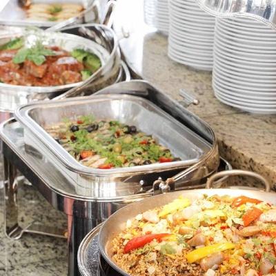 「Cafe Tosca」ではワールドワイドな料理を提供