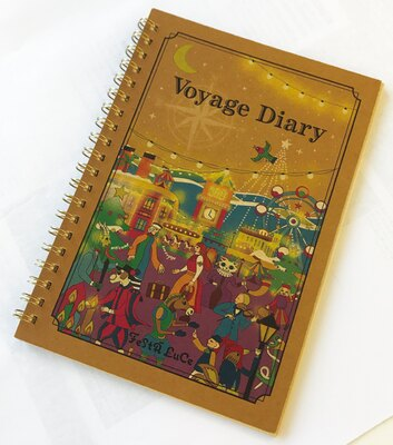 """「クラフトノート""""Voyage Diary""""」(600円)は航海日誌をイメージしてデザインされた使い勝手のよいノート"""