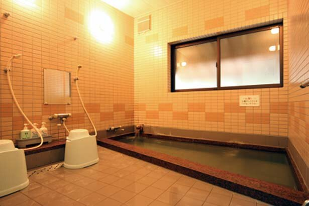 お風呂は男女各1か所で6時~9時、15時~23時に入浴が可能/海鮮の宿 民宿みさき