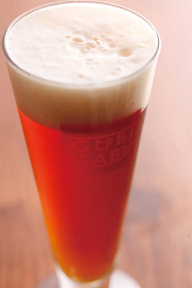 カニビール「雪のビール」(グラス500円など)/城崎町家地ビールレストラン グビガブ