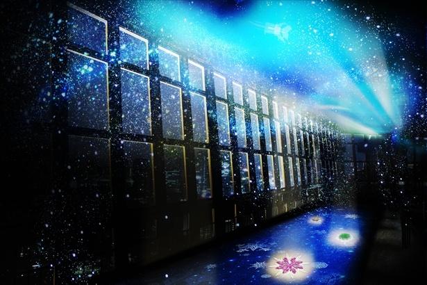 レーザー光線とスノーマシン、さらにミラーボールの光の演出により、光り輝く雪が展望台に降り注ぐ。