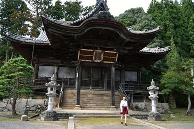 寺や神社、民家などが立ち並ぶ城下町の風情を感じられる/舞鶴