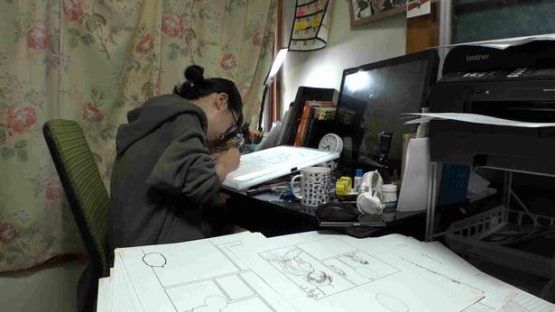 「恋愛漫画を描いているのに、実は恋愛から遠い」と語る米代