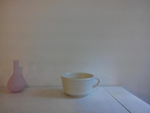 阿久津真希さんのスープマグ(2800円)は、つい手に取りたくなるような親しみを感じさせる