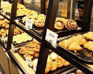 代官山「GARDEN HOUSE CRAFTS」で毎日焼き上げるパンを中心に、都内のベーカリーのパンも展開