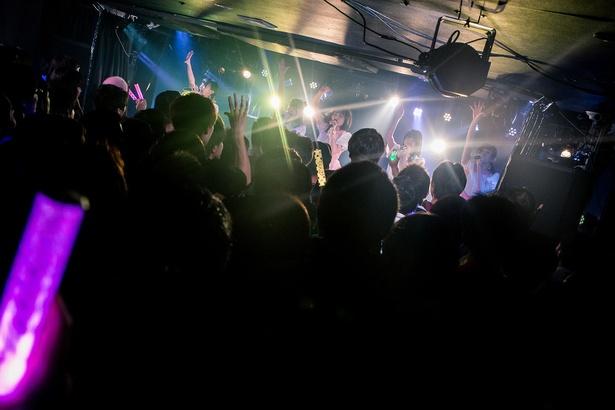 11月11日に全国ツアー初日を迎えた神宿