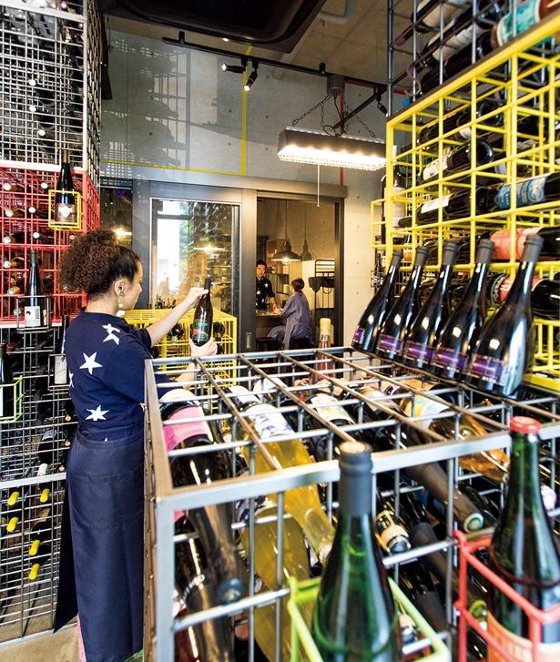 入口すぐのフォトジェニックなセラールームは、ファッションショーの演出会社も経営するオーナーがデザイン/no.501
