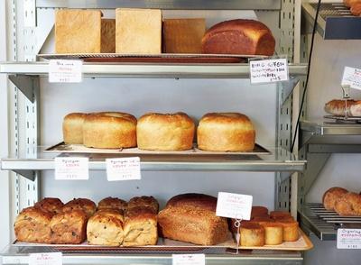 【写真を見る】想像力をくすぐるパンとの出合いが待ち受ける/TOLO PAN TOKYO