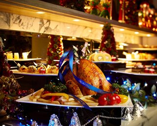 レストラン カステリアンルームのクリスマスディナーコース「Diner Noel 2017」。フォアグラや和牛フィレ肉のグリルなどが登場する