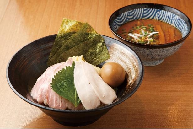 モチモチ&ツルっとした自家製麺とつけ汁が決め手の「特製濃厚つけめん」(1,100円)