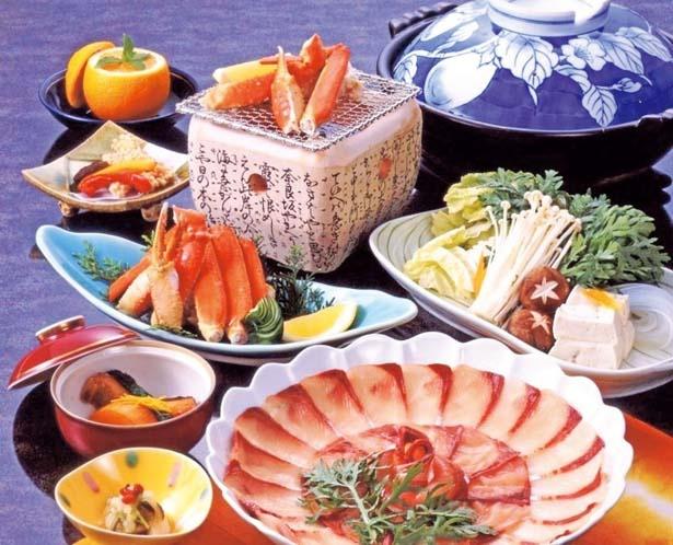 カニと寒ブリを一緒に味わえる人気プラン/茶六別館