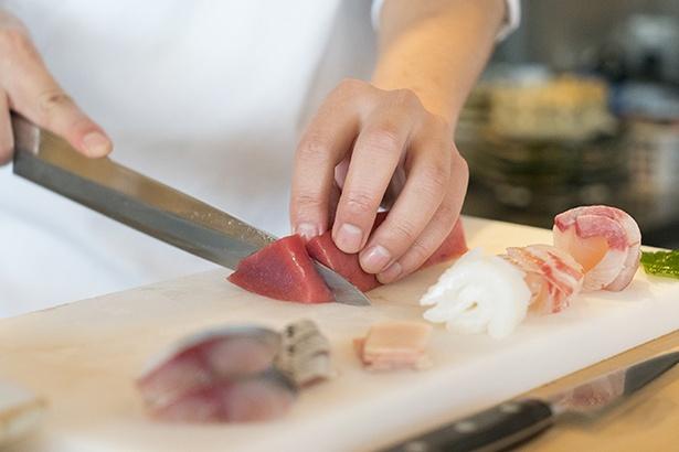 刺身のネタは厚めに捌くため食べ応え十分