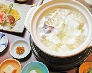 「湯豆腐」(3800円)/湯豆腐 嵯峨野