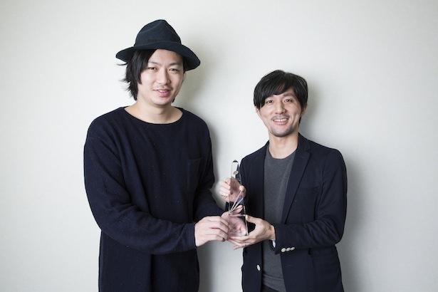 「ひよっこ」のタイトルバックを手掛けた田中達也氏(右)と森江康太氏(左)