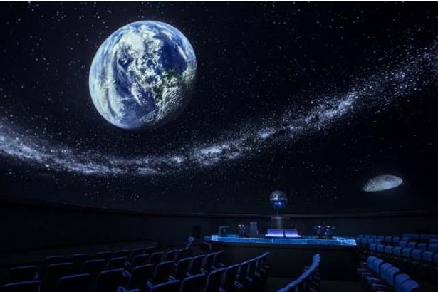 「人が育ち、未来をデザインしていく科学館」として開館。いざ胸躍る科学空間へ!