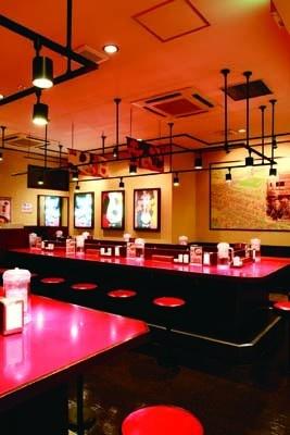 愛知・岐阜・三重には、15店舗の本格ラーメン専門店「寿がきや」がある